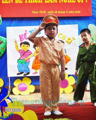 TP cảnh sát giao thông trẻ em
