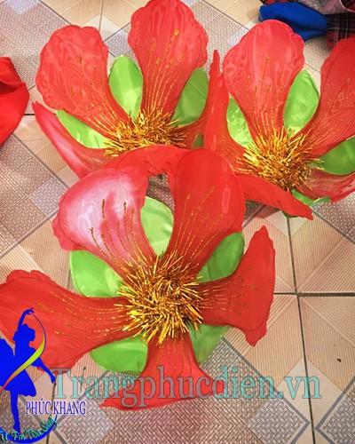 Hoa phượng to