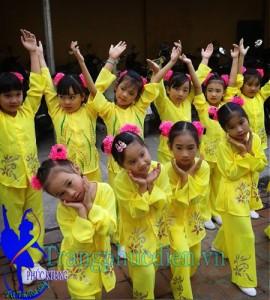 Áo bà ba lớp 1 may tại xưởng Phúc Khang
