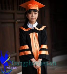 May áo tốt nghiệp