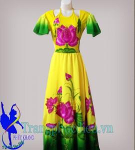 Váy đầm sen truyền thống