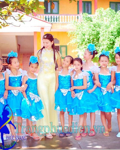 Váy múa xanh biển