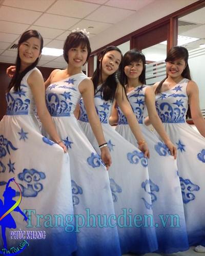Váy đầm biểu diễn
