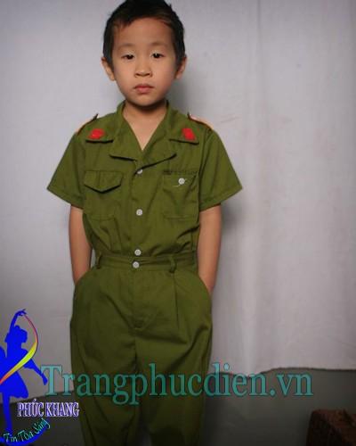 Trang phục công an trẻ em